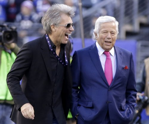 New England Patriots: Robert Kraft asks Roger Goodell to return first-round pick