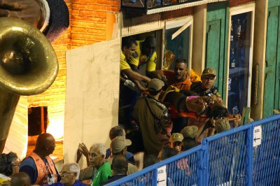 12 injured after floor on Carnival float in Rio de Janeiro collapses