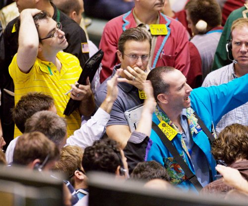Oil prices relatively flat after mixed report on supply and demand