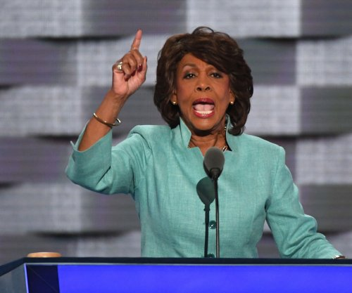 FBI: California man threatened to kill Rep. Maxine Waters