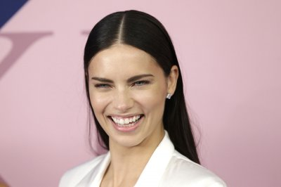 Adriana Lima still working with Victoria's Secret, says rep