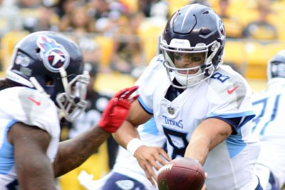 Decision on Titans QB Marcus Mariota (elbow) expected Saturday