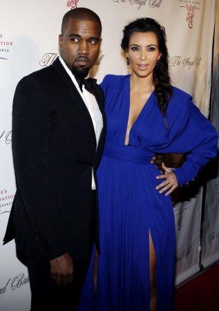 Kim Kardashian pregnant by Kanye West