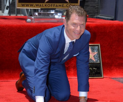 Bobby Flay receives Walk of Fame star amid cheating rumors