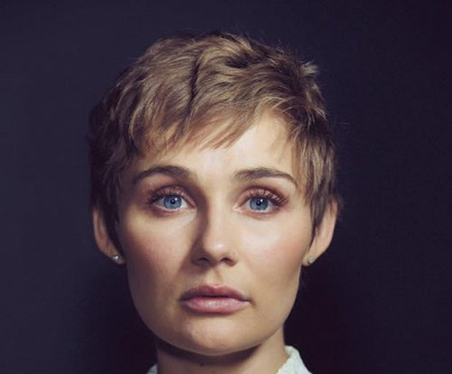 Clare Bowen cuts off hair to challenge beauty standards