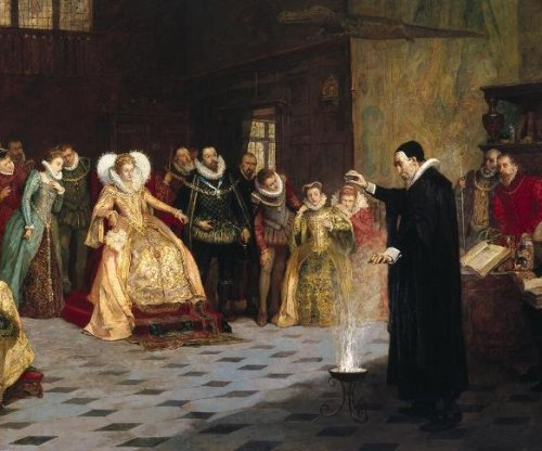 'Conjurer' originally surrounded by skulls in painting with Queen Elizabeth