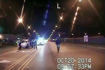3 Chicago officers charged in Laquan McDonald shooting
