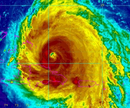 Hurricane Maria strengthens as it nears Turks and Caicos