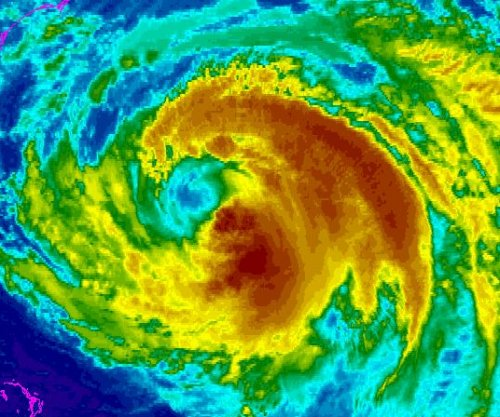Still a threat, Hurricane Maria weakens off U.S. Southeast