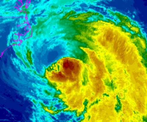 Hurricane Maria winds nearing North Carolina's outer banks