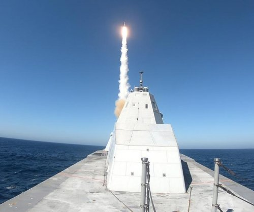 USS Zumwalt successfully conducts first missile test
