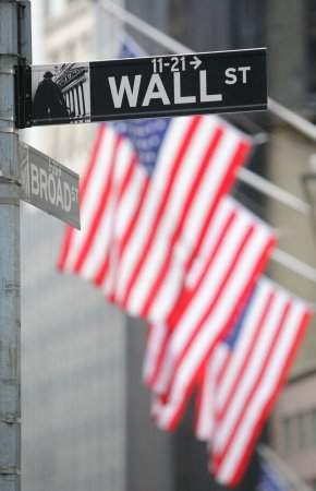 Wall St. mess puts regulation back in play