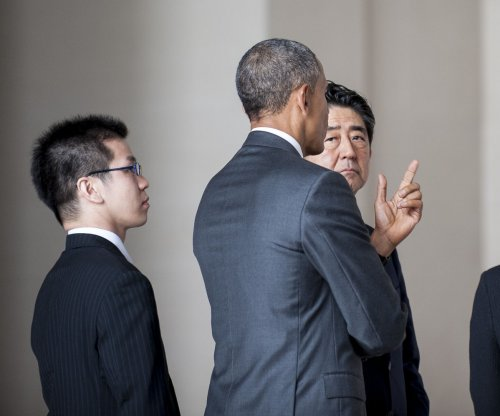 Japanese prime minister skirts confrontation with Harvard protesters