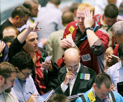 Oil prices tumble after Fed testimony