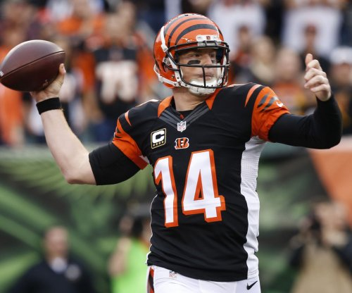 Cincinnati Bengals' Andy Dalton passes test against New York Jets