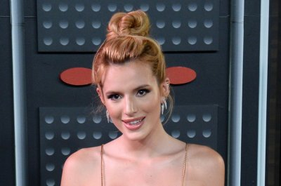 Bella Thorne names Demi Lovato, Miley Cyrus as celebrity crushes