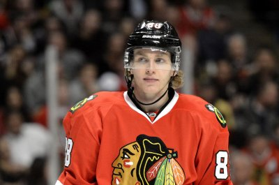Patrick Kane's OT goal lifts Chicago Blackhawks over Buffalo Sabres