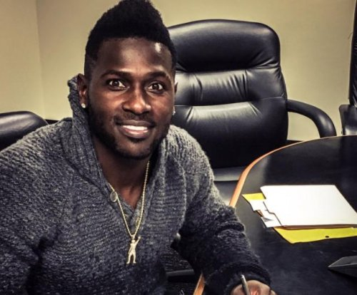 Antonio Brown passes A.J. Green as NFL's highest-paid wide receiver