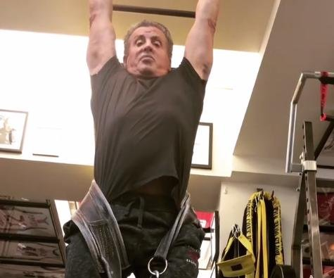 Sylvester Stallone performs 100-pound weighted pull-up at 71