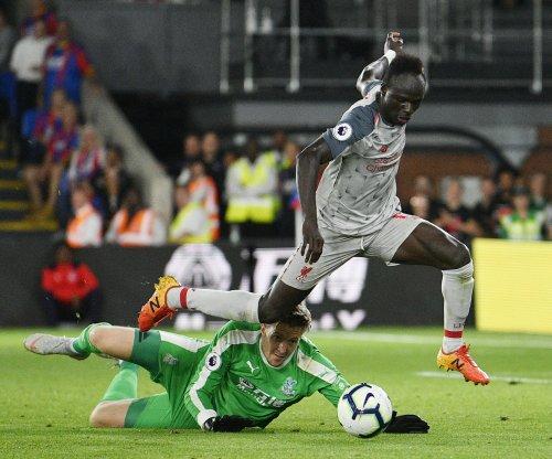Sadio Mane, James Milner lead Liverpool in shutout of Crystal Palace