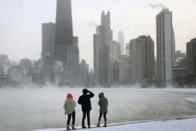Extreme cold to blame for deaths, canceled flights