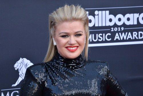Billboard Music Awards to take place Oct. 14, Kelly Clarkson still hosting