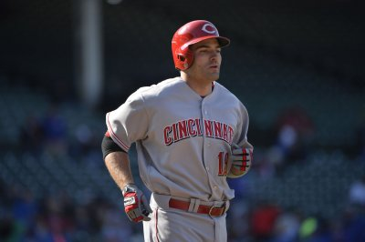 Votto, Hamilton lead Cincinnati Reds over St. Louis Cardinals