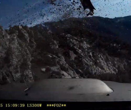 'Lucky' motorist shares heart-stopping video of California mountain road crash