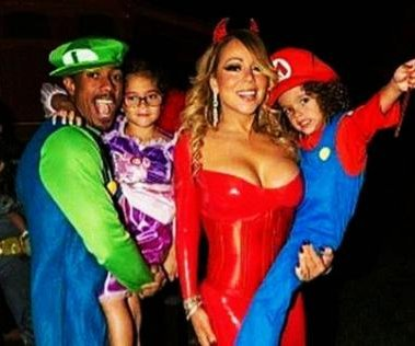 Mariah Carey, Nick Cannon celebrate early Halloween with kids