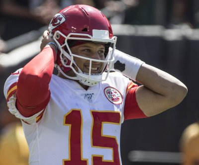 Chiefs dominate Broncos on TNF after Patrick Mahomes leaves with injury