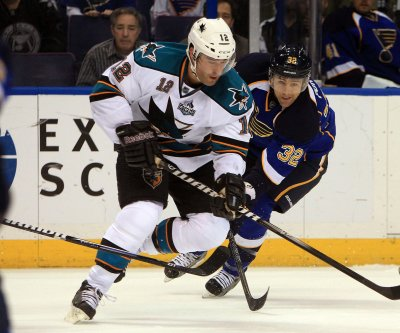 San Jose Sharks trade Patrick Marleau to Pittsburgh Penguins