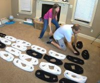 Idaho woman dresses husband in 35 T-shirts for Guinness record