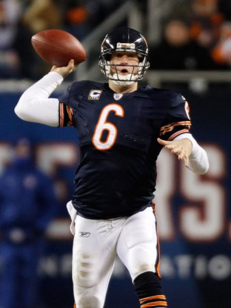 Cutler earns NFC player honor