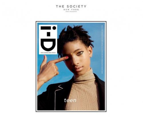 Willow Smith signs modeling contract