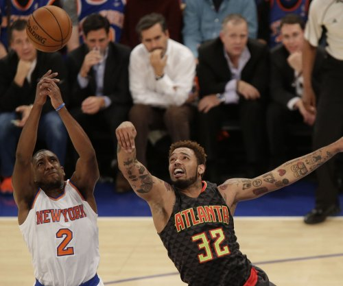 Balanced Atlanta Hawks cruise past New York Knicks