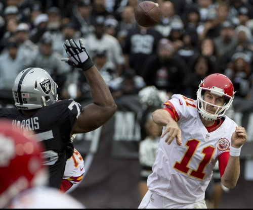 Kansas City Chiefs QB Alex Smith sees interception streak snapped