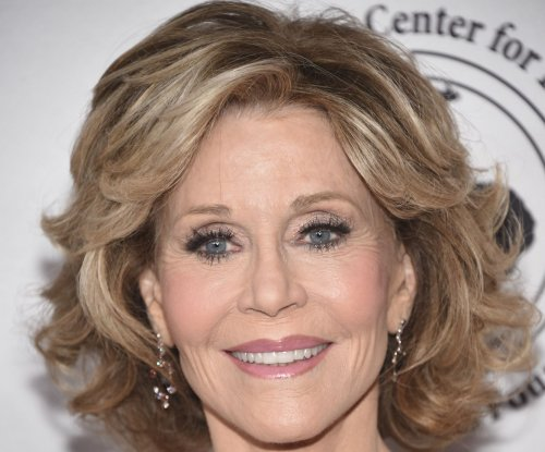 Jane Fonda: I 'was always in love' with Robert Redford on set