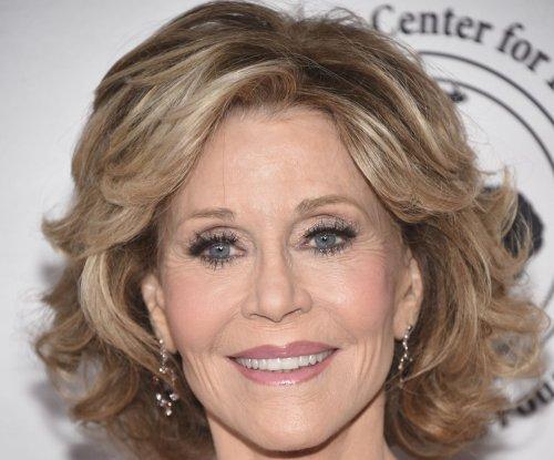 Jane Fonda: I 'was always in love' with Robert Redford on set