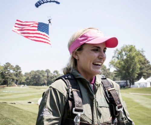 Golf notebook: Lexi Thompson skydives with Navy Seals