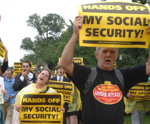 Poll: Younger, older Americans may rely more on Social Security