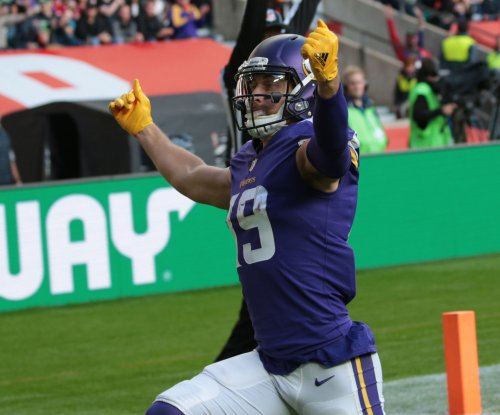 Minnesota Vikings play for first-round bye vs. Chicago Bears