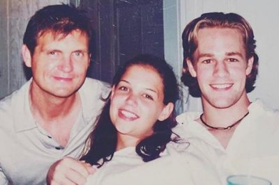 Katie Holmes posts 'Dawson's Creek' throwback photo: 'Forever grateful'