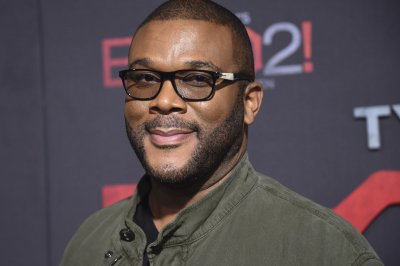 Tyler Perry announces plans for final stage tour as Madea