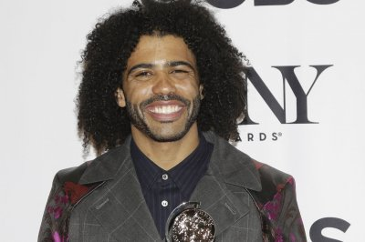 Daveed Diggs: 'Snowpiercer' society constantly reinvents itself