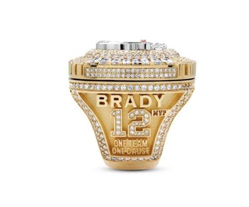 Tom Brady, Buccaneers get 319-diamond Super Bowl rings