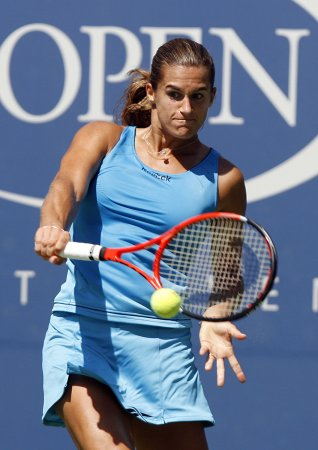 Mauresmo retires from tennis