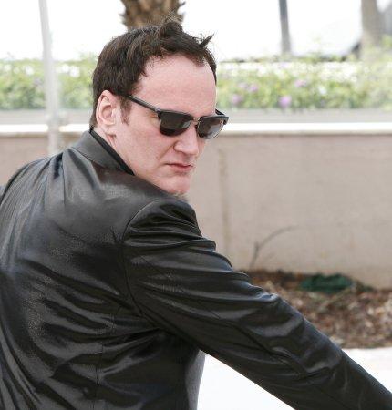 Tarantino completes 'Inglourious' script