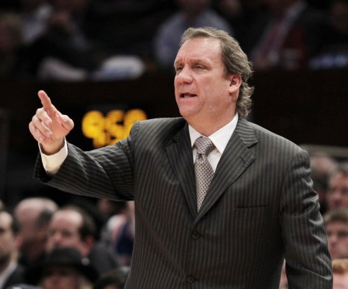 Cancer-stricken Flip Saunders to miss season