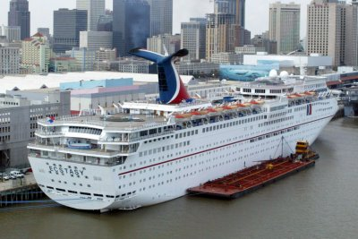 Carnival Ecstasy passengers witness grisly death, captured on video