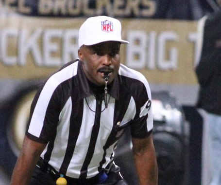 CBS officiating expert Mike Carey goes silent in SB 50